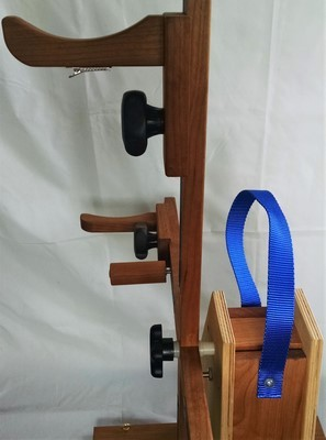 Carrying strap handle